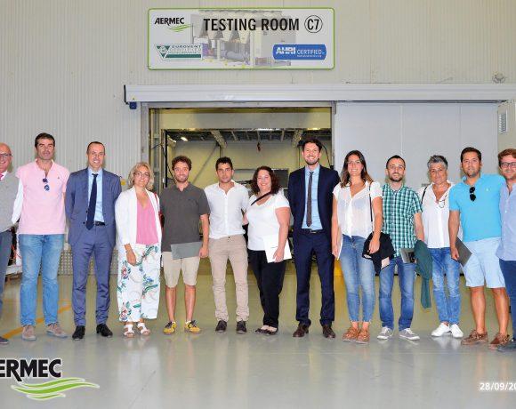 La delegación de Palma de Mallorca organiza una visita en Aermec para sus clientes